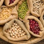 Обробка і замочування насіння перед посівом.